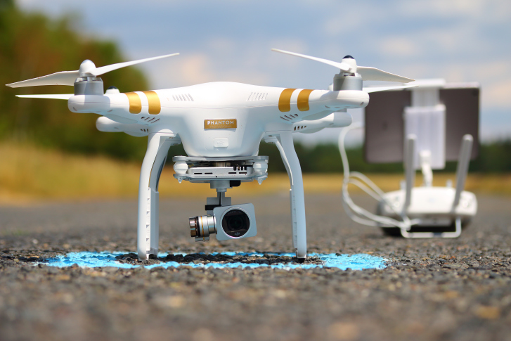 dji-phantom-31 The NFL's Tennessee Titans Green-Lighted to Fly Drones