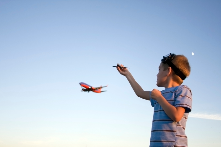 boy-model-airplane EAA and AMA Team up to Boost Participation in Recreational Flying