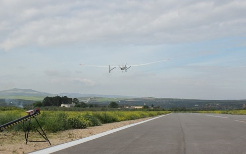 Ariadna-UAVs-Project Unmanned, Manned Aircraft Tested Simultaneously at Airport