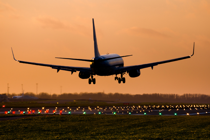 iStock_000076410131_Small FAA Expanding Efforts for Drone Detection at Airports