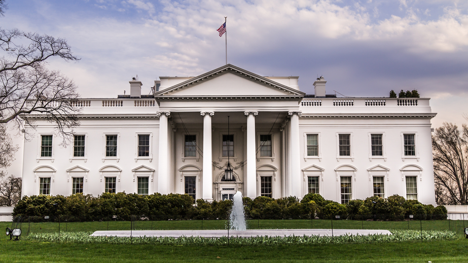 iStock_39002414_SMALL Obama Signs FAA Extension, Safety, and Security Act of 2016