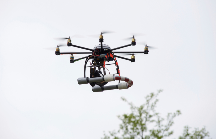 drone-with-horseshoe Kansas State Polytechnic Teams With HiddenGenius.com to Improve Drone Safety