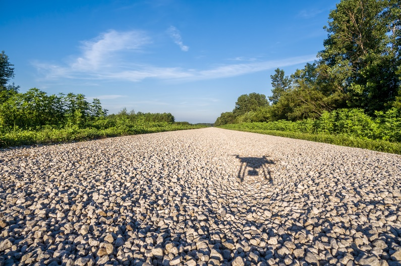 iStock_100615665_SMALL DroneDeploy Launches Flight Logs Solution with Seven Drone Companies