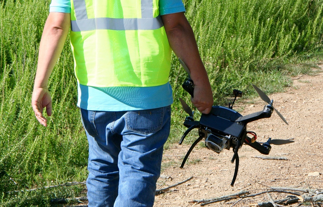 Carrying-Boomerang-1 Drones in Energy: Firm Improves Safety, Efficiency and Bottom Line