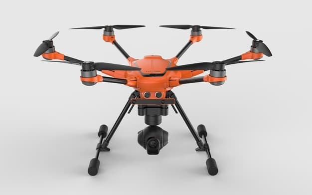 prnewswire2-a.akamaihd-1 Yuneec Introduces the H520 Six-Rotor UAV