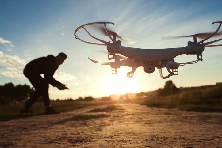 iStock-627474724-1 AUVSI Partners with Kings Schools for Online UAS Pilot Training