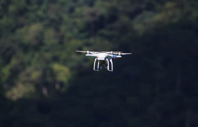 iStock-502392144 DJI Finds FAA's Weight Standard for Low-Risk UAS to be 'Deeply Flawed'
