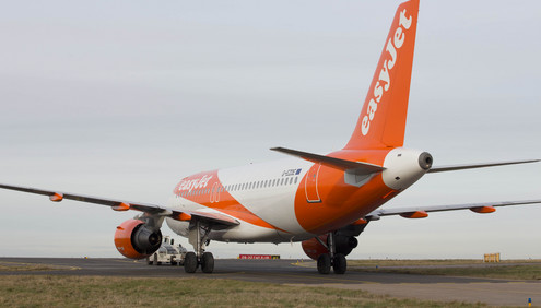 1210_easyjet-livery_03 Airline to Roll out Fleet Inspections by Drone in 2016