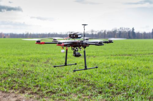 1343_thinkstockphotos-526373187 AUVSI Touts Potential Impact of UAS on Small Businesses
