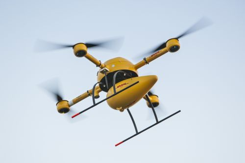 575_dhl-paketkopter-juist-anflug Package-Delivery by Drone Is Becoming a Reality in Europe
