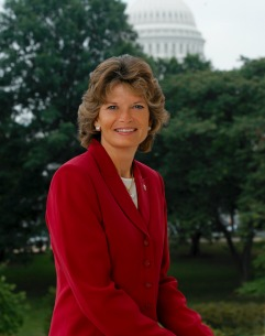 879_murkowski2color_resized U.S. Sen., Congressman Introduce Bills 'Telling the FAA to Get to Work'