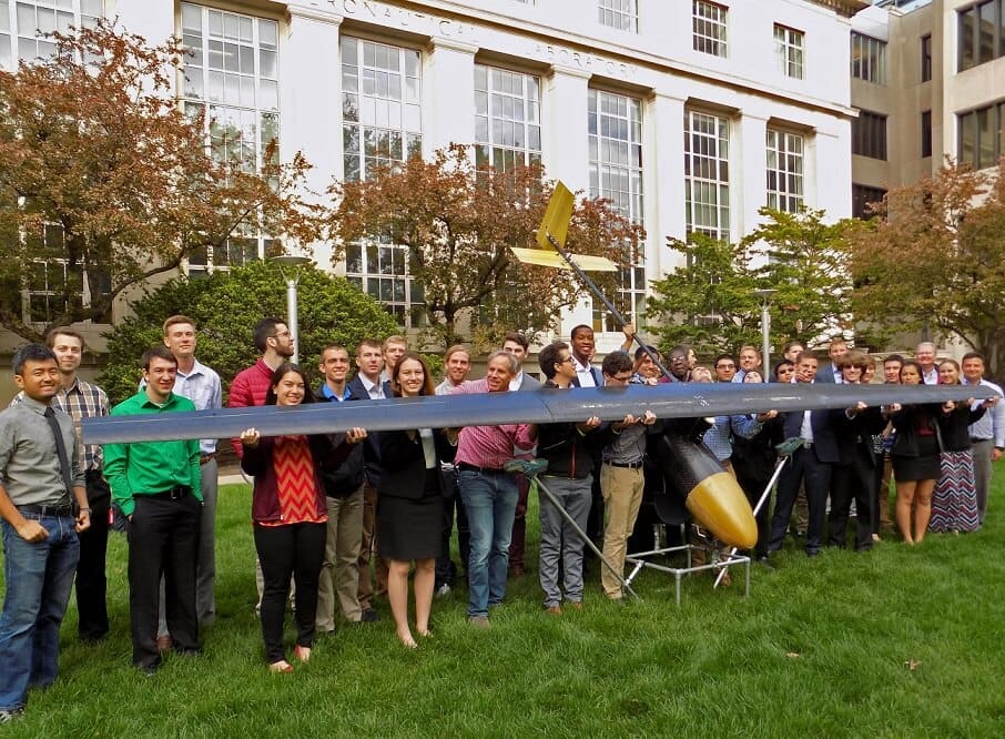 mit Engineers Design Drones That Can Stay Aloft for Five Days
