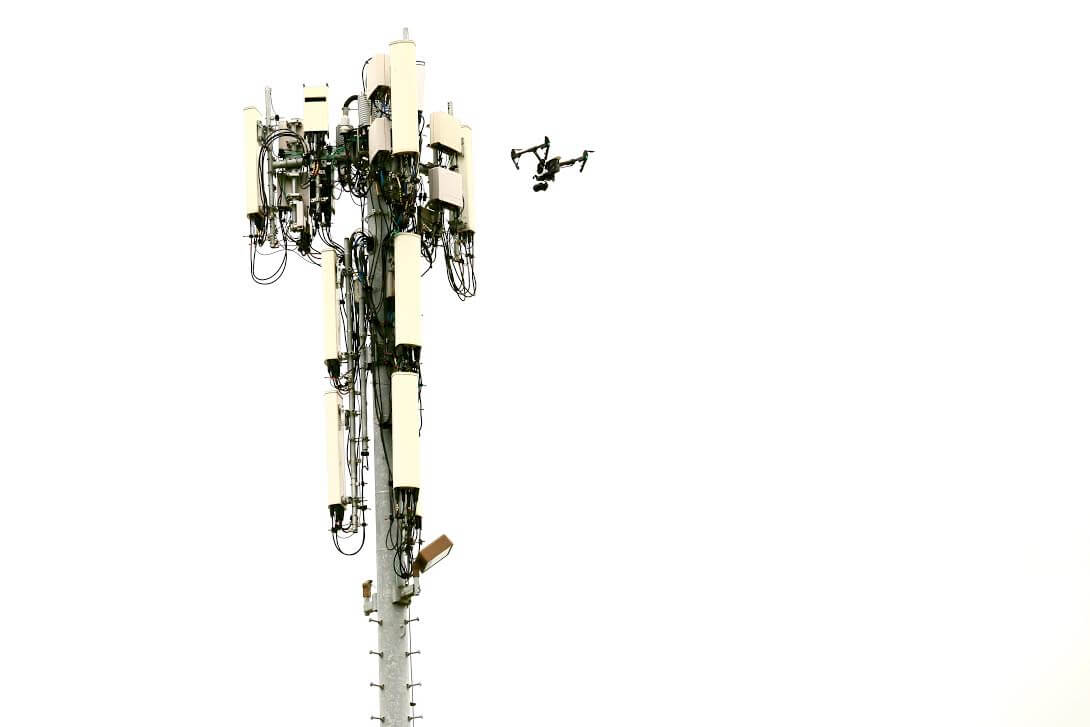 Dronehive Red Mountain Partner For Drone Based Cell Tower